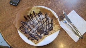 Chocolate-Coconut_Crêpe_Paris